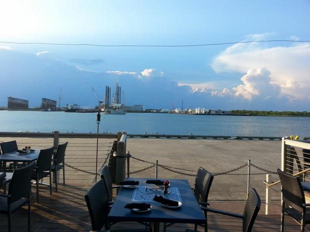 Galveston Restaurants With a View: Olympia Grill at Pier 21